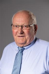 Profile image for Councillor Bob Lawton